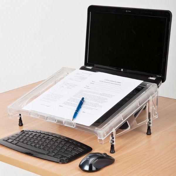 Le pupitre Microdesk corrige naturellement la posture de travail